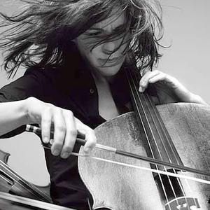 elena plougastel daoulas cours de violoncelle pour tous les niveaux de d butant. Black Bedroom Furniture Sets. Home Design Ideas